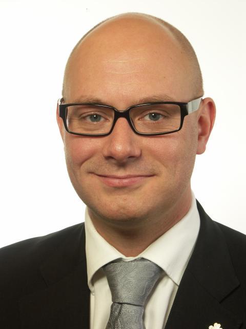 """Johan Linander (C) – """"P1:s åsiktsregister fullständigt oacceptabelt"""""""