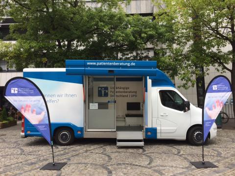Beratungsmobil der Unabhängigen Patientenberatung kommt am 23. Mai nach Brilon.