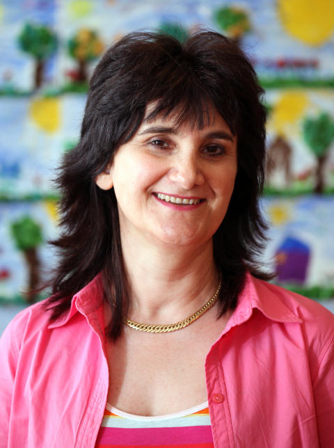 Järfällas pedagogpris Det gyllene äpplet - Rima Esmailiyan