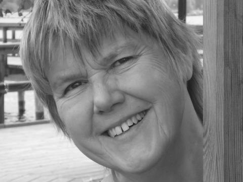 Fd kommunalrådet i Orsa pratar om sin roman på Bokmässan