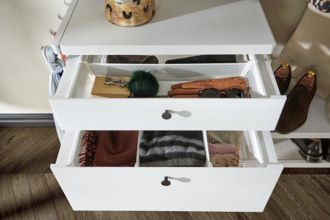 Elfa-decor-closet-interior-hallway-drawers-1b_HIRES-high300_jpg