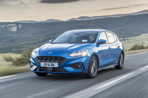 Ford Focus adaptive LED hovedlys 2018