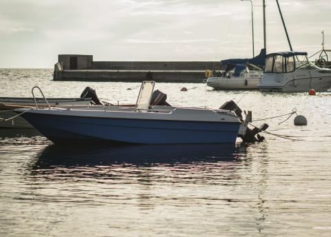 HaV:s riktlinjer för båtbottentvätt: Målet är att få bort de giftiga färgerna