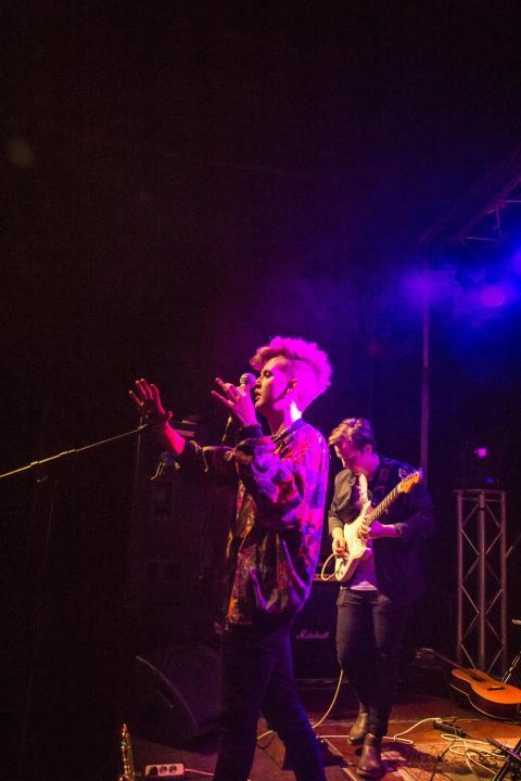 Singer-songwriter Viktor Sangemark i Livekarusellen-final