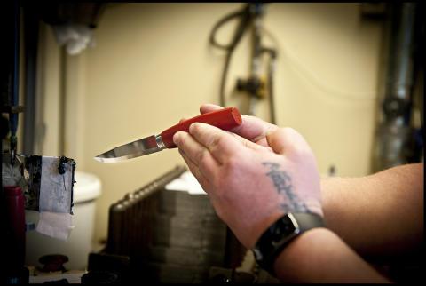 300 nya knivmakare ger 10 000 kronor till Min stora dag