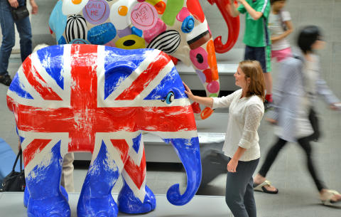 Elephants captivate King's Cross
