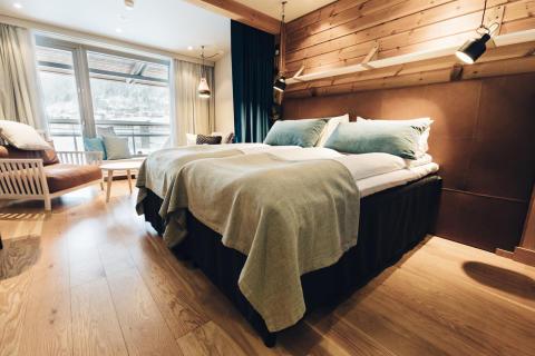 "Hotellrum på Holiday Club - en av finalisterna i World Ski Awards, kategorin ""Best Ski Hotel"""
