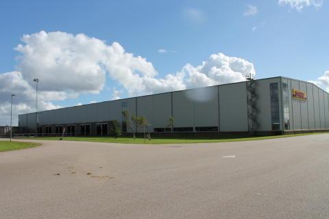CBRE säljer 17.500 kvm logistikyta för DHL i Trollhättan