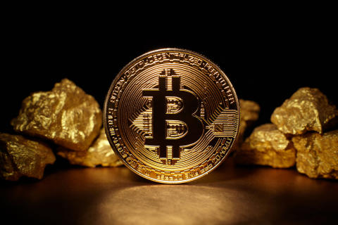 Tally vs cryptocurrency - what are the differences?