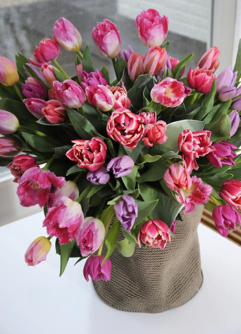 Kärlek och romantik fyller vasen