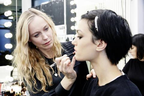 Lisa Houghton Global Make Up Artist