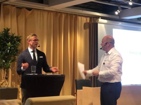 Sveriges Fordonsverkstäders Förening bjuder in Allmänna reklamationsnämnden till två lektioner i Praktisk Bilverkstad!