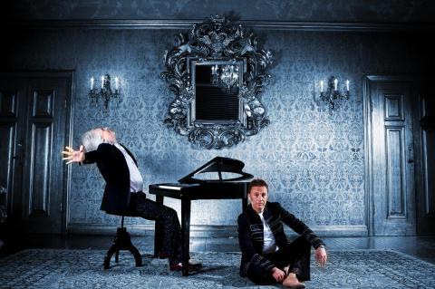 """Nu repeteras det för fullt inför turnén """"Så Mycket Mer"""" med supermusikaliska duon Stefan & Kim, premiär den 30 september!"""
