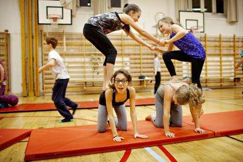 Pyramid nycirkusskola cirkör
