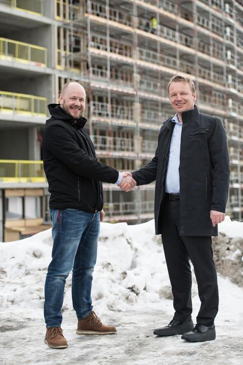 Frank Wehus fra Effera og Jon Christian Hillestad fra Telia Norge