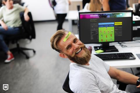 100.000 fans spiller VM Manager