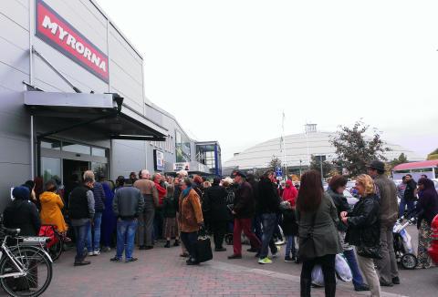 Myrorna öppnar butik vid Kupolen i Borlänge