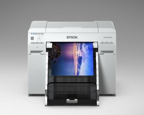 ประสิทธิภาพระดับแล็บสี ที่มาพร้อมกับขนาดที่กะทัดรัด Epson SureLab SL-D830