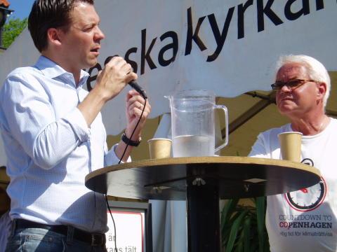 Almedalen, Internationella stolen 2029. Lars Lindblad (M) frågas ut av Bo Forsberg, Diakonia