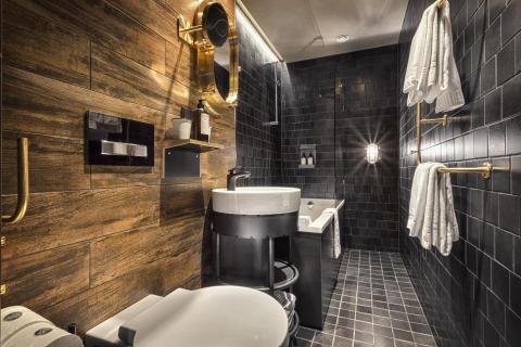 """Mystique"" bathroom at Stora Hotellet Umeå by Stylt"