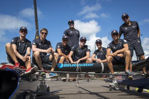 Svenska Bluewater stöder Artemis Youth Racing under America's Cup på Bermuda