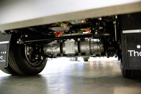 LiVe1 research vehicle powered by BPW