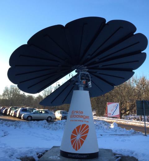 Enkla Elbolagets första smartflower på plats i Ronneby.