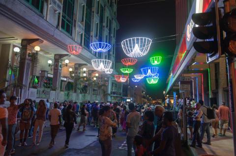 021216-jonathanahyu-streetlight-3