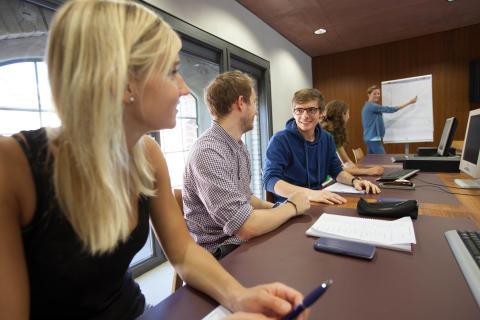 Erstes Vorsemester zur Studienvorbereitung an der TH Wildau wird am 9. Juli 2016 erfolgreich abgeschlossen