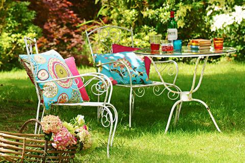 Rengjøring av hagemøbler - skrubb og gjør klar for våren!
