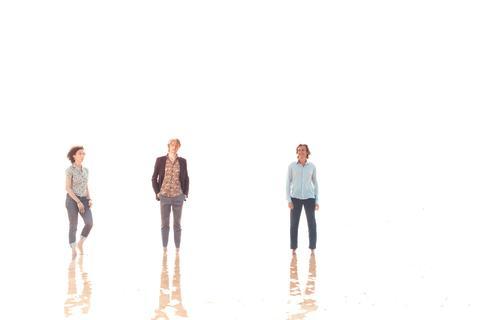Héla Fattoumi, Eric Lamoureux and Peter von Poehl skapar Waves på NorrlandsOperan, premiär 21 november 2014.