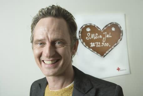 Idag startar årets julkampanj: Orup komponerar ringsignal för Röda Korset