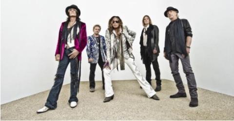 Rocklegenderna Aerosmith släpper sitt första studioalbum på 11 år