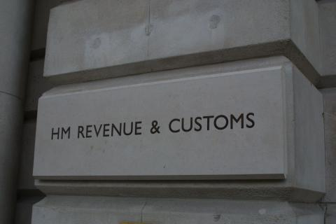 HMRC acts to improve customer service