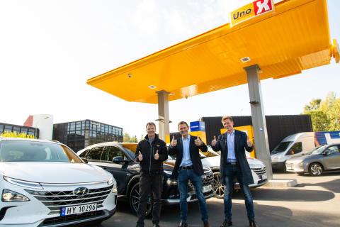 De første kundene har fått NEXO – hydrogensatsingen går for fullt