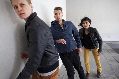 Skånes Dansteater gästspelar ...AND... av Björn Säfsten och Philippe Blanchard på NorrlandsOperan 6 december 2014.