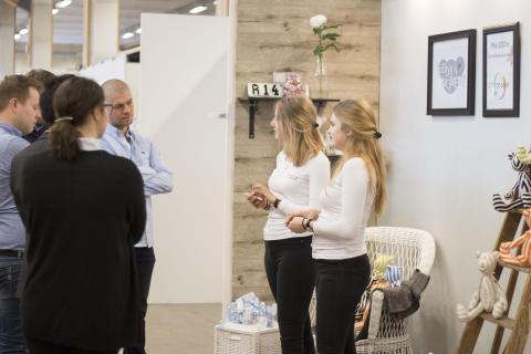 Unga företagare med egen mässa