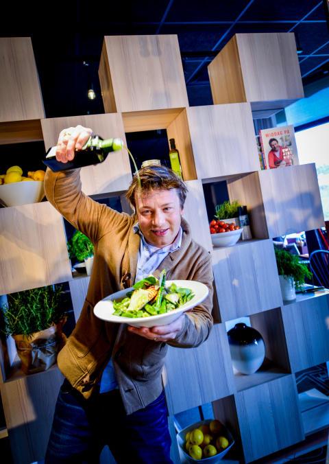 Nyt Jamie Olivers spennende sommerretter hos Scandic