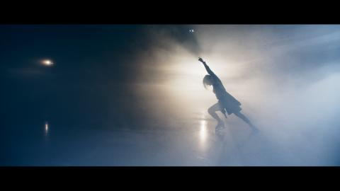 Lucas Nord släpper musikvideo med två av Sveriges bästa konståkare