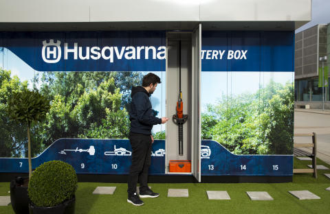 ​​Husqvarna launches innovative pay-per-use garden tool pilot with Telenor Connexion and partners
