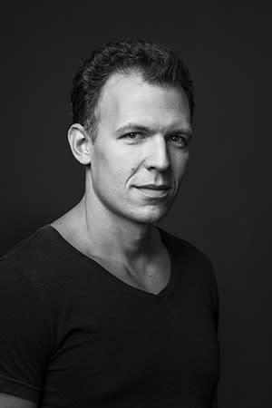 Hannes Meidal läser monolog i samband med visning 14/11 på Medelhavsmuseet