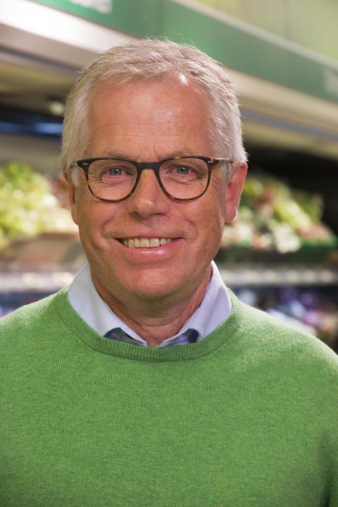 KIWI-sjef Jan Paul Bjørkøy er godt fornøyd med farten