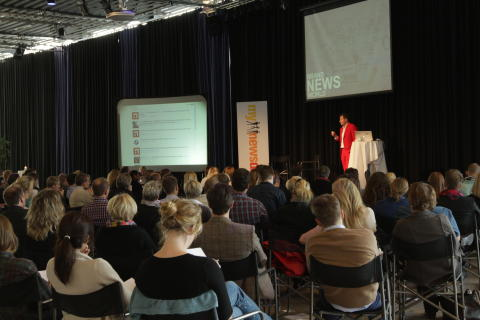 Mynewsdesk COO Jonathan Bean presents the trends of 2012 for a spellbound audience at Mynewsday