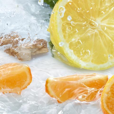 Les Plaisirs Nature Energizing Mandarin Lemon Cedar