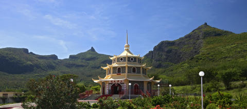 Mauritius_ Pagode chinoise Reine de la Paix ©MTPA_Bamba