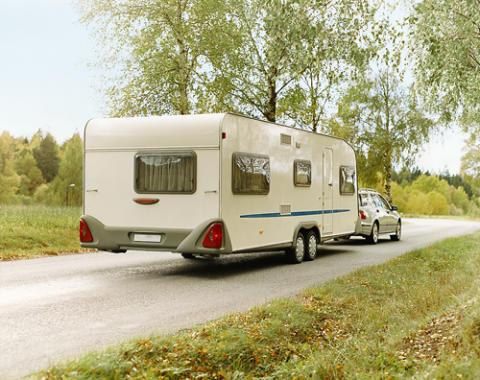 Kolla husvagnen inför semesterresan