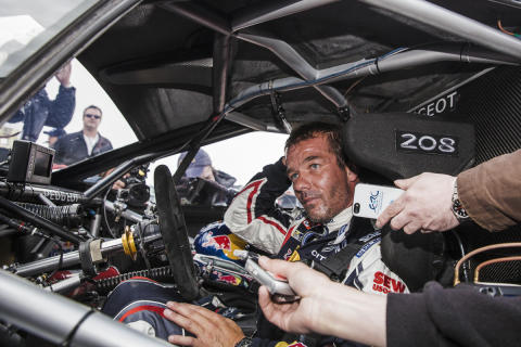 Sébastian Loeb og 208 T16 Pikes Peak satte ny rekord