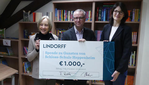 "Lindorff unterstützt Schloss-Schule bei Schulhofprojekt ""Kletterlandschaft"""
