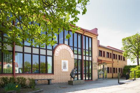 Sjöbo bibliotek, turistbyrå och konsthall