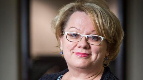 Tiedetoimittaja Ulla Järvi saa Sydänliiton valtakunnallisen tunnustuksen